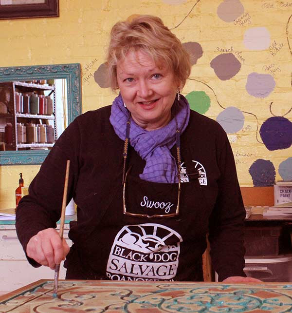 Image of Salvage Dawgs cast Susan Hudson