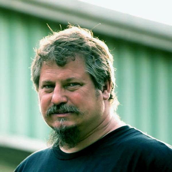 Image of Misfit Garage cast Tom Smith