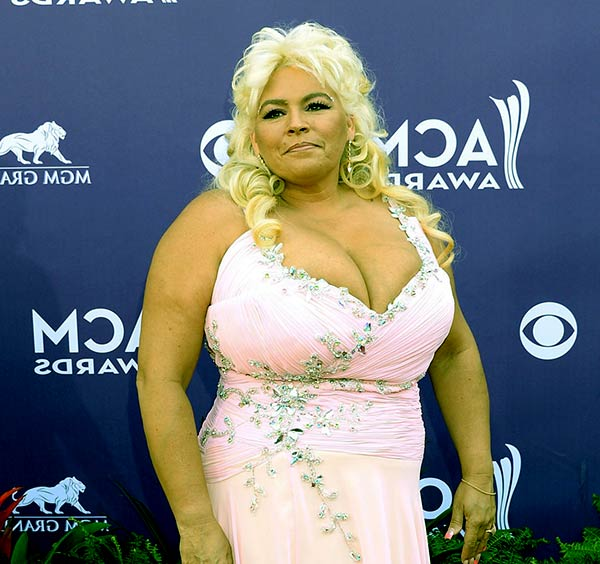 Image of Dog's Most Wanted cast Beth Chapman