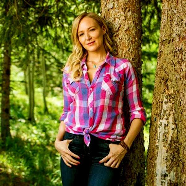 Image of Alaska: The Last Frontier Cast Jewel Kilcher