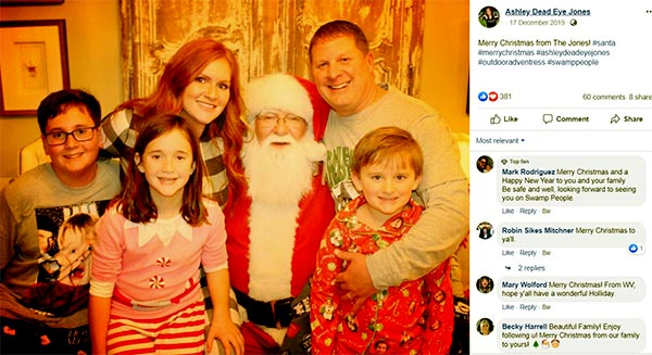 Image of Caption: Ashley Jones with husband Chad and with their kids celebrating Christmas