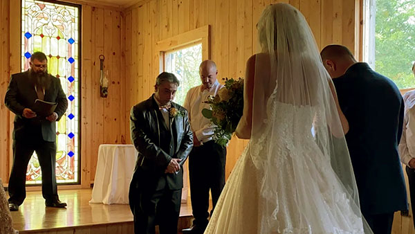 Image of Caption: Steven Ray Tickle got married to wife Carol