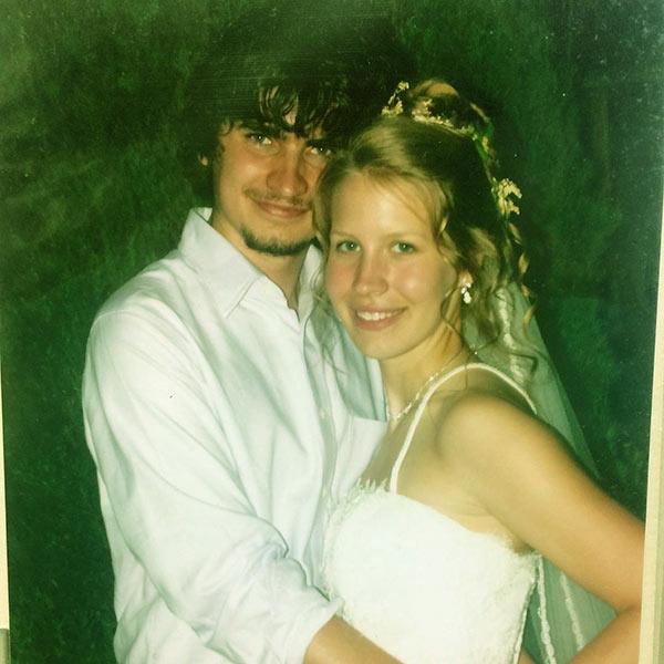 Image of Caption: Dr. Emily Thomas's wedding picture with husband Tony