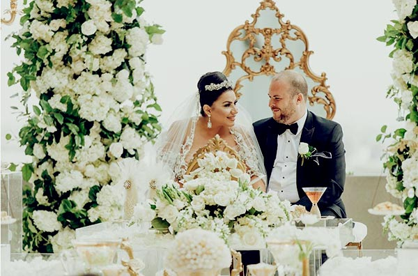Image of Caption: Mercedes Javid wedded longterm boyfriend, Tommy Feight in 2018