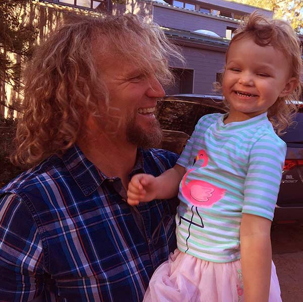 Image of Kody Brown uses daughter Ariella to convince wif, Robyn