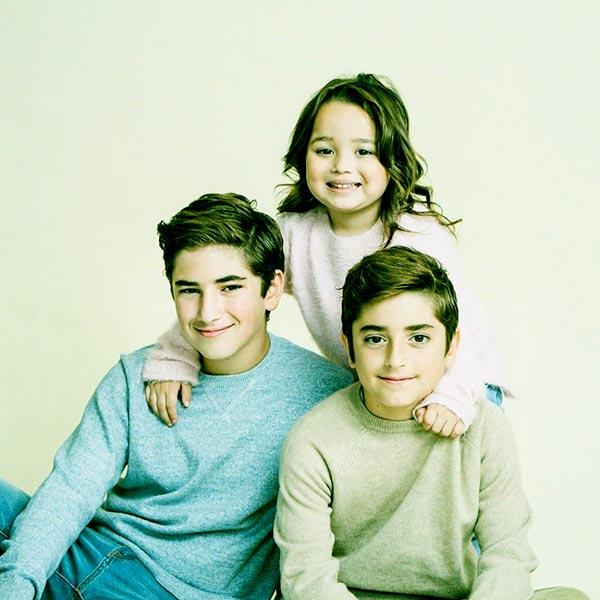 Image of Venus amd Matthew's three kids